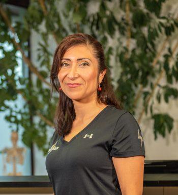 Physiotherapeutin Gina Beingolea